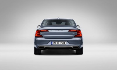 171082_Rear_Volvo_S90_Mussel_Blue