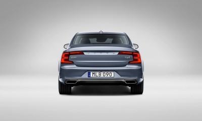 171082_Rear_Volvo_S90_Mussel_Blue