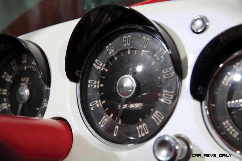 1954 Kaiser-Darrin Roadster 16