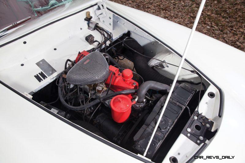 1954 Kaiser-Darrin Roadster 23