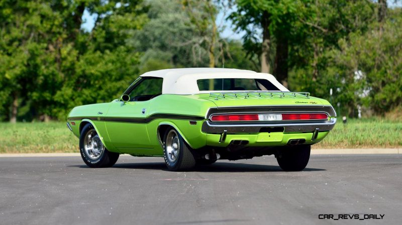 1970 Dodge Hemi Challenger RT Convertible 11