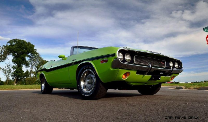 1970 Dodge Hemi Challenger RT Convertible 12
