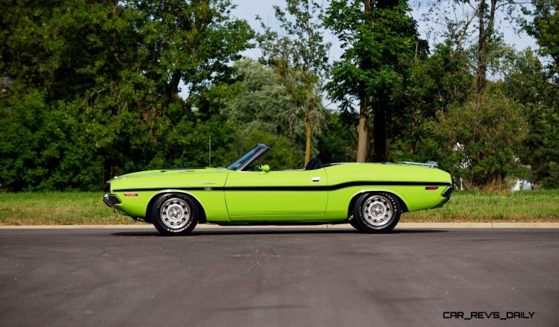 1970 Dodge Hemi Challenger RT Convertible 2
