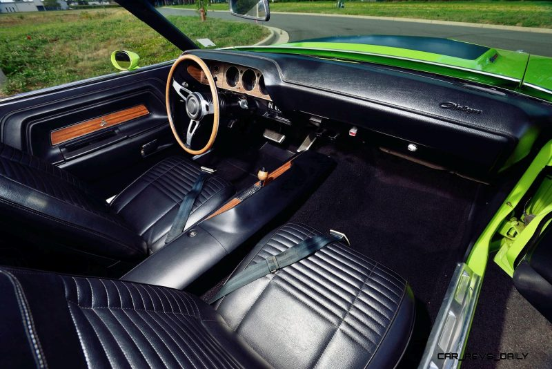 1970 Dodge Hemi Challenger RT Convertible 5