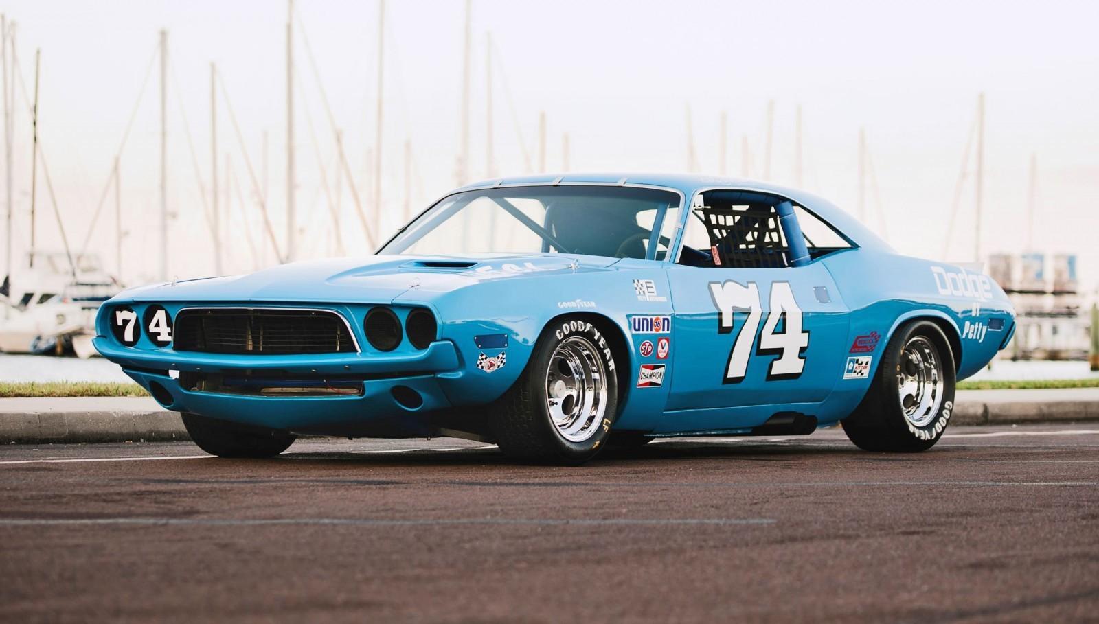 Dodge challenger car