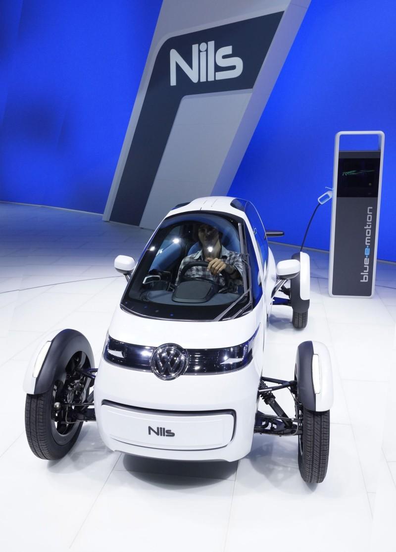 2011 Volkswagen NILS 6