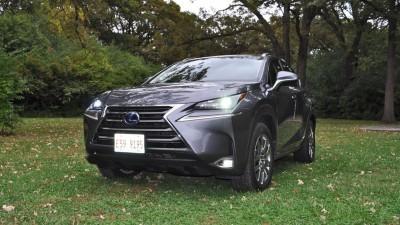 2015 Lexus NX300h Review 25