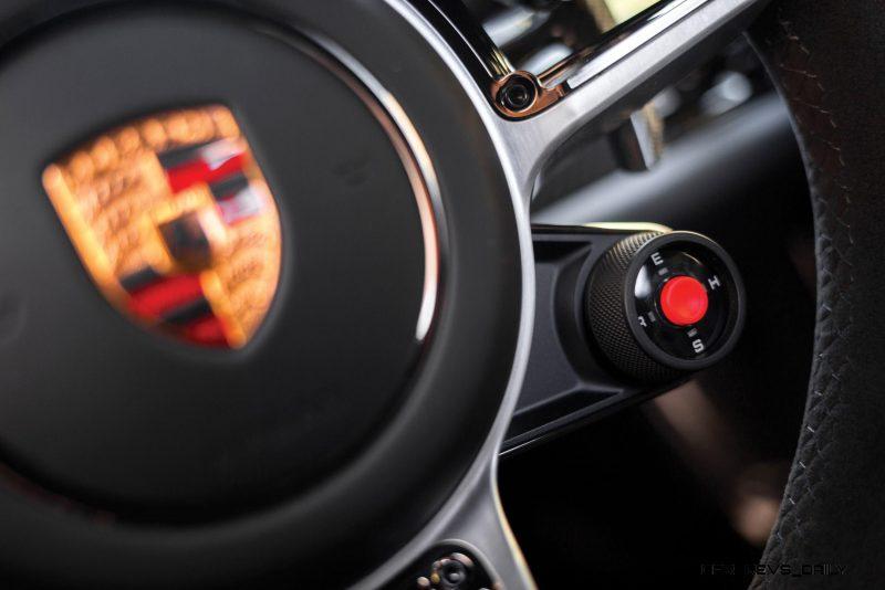 2015 Porsche 918 Spyder Weissach Pack 17