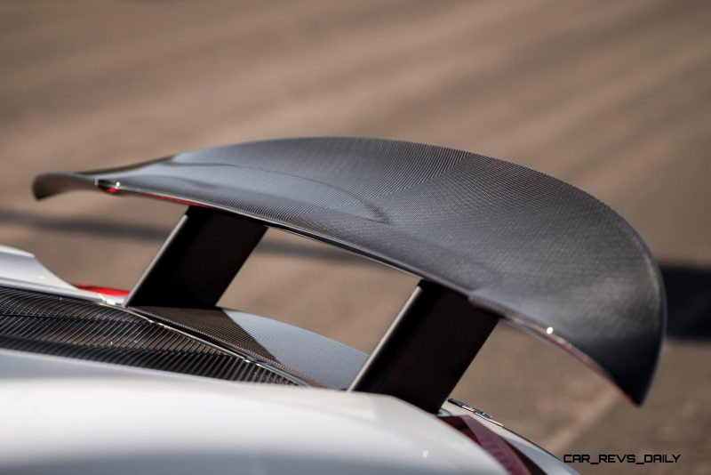 2015 Porsche 918 Spyder Weissach Pack 21