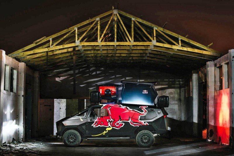 2015 South African RED BULL Concept Truck is Defender 130 APC 20