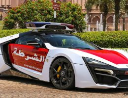 2015 W Motors LYKAN HyperSport Abu Dhabi Patrol Car – Crown Photoshoot