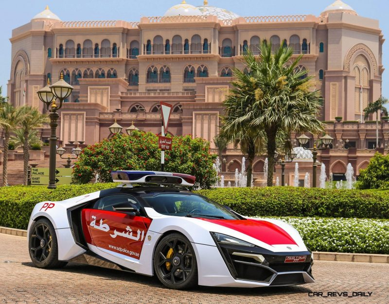 2015 W Motors LYKAN HyperSport Abu Dhabi 3