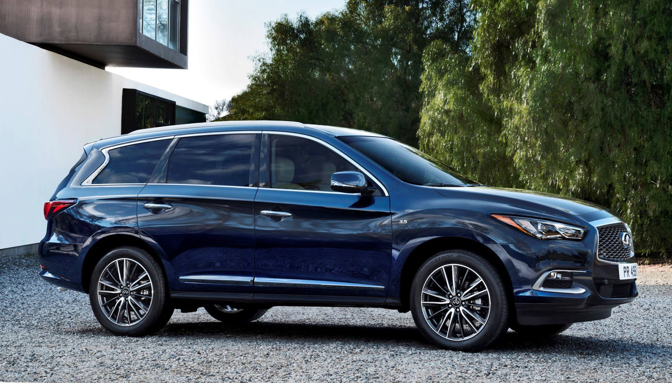 2016 INFINITI QX60 Shows Fresh Style, Retuned Chassis Updates