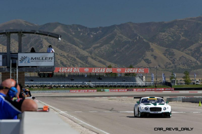 Bentley races to first victory in North America(1)