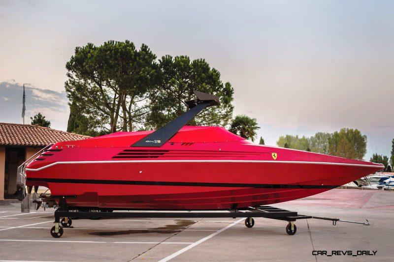 RM Sotheby's 1990 RIVA Ferrari 32 Speedboat 19