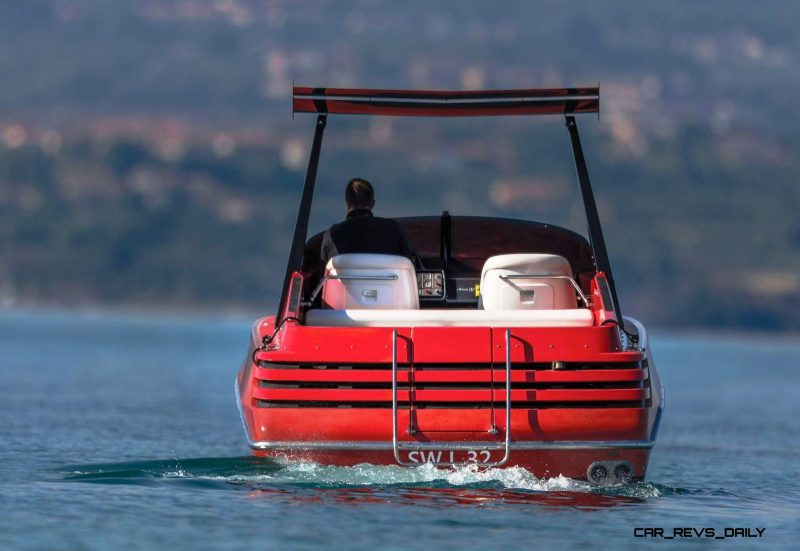 RM Sotheby's 1990 RIVA Ferrari 32 Speedboat 8