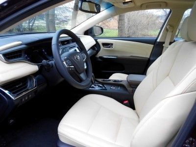 Road Test Review - 2016 Toyota AVALON Touring 10