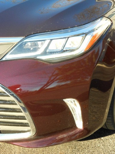 Road Test Review - 2016 Toyota AVALON Touring 16