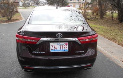 Road Test Review - 2016 Toyota AVALON Touring 5