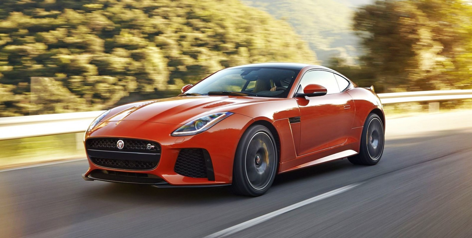 off the chain 200mph 2017 jaguar f type svr 60. Black Bedroom Furniture Sets. Home Design Ideas