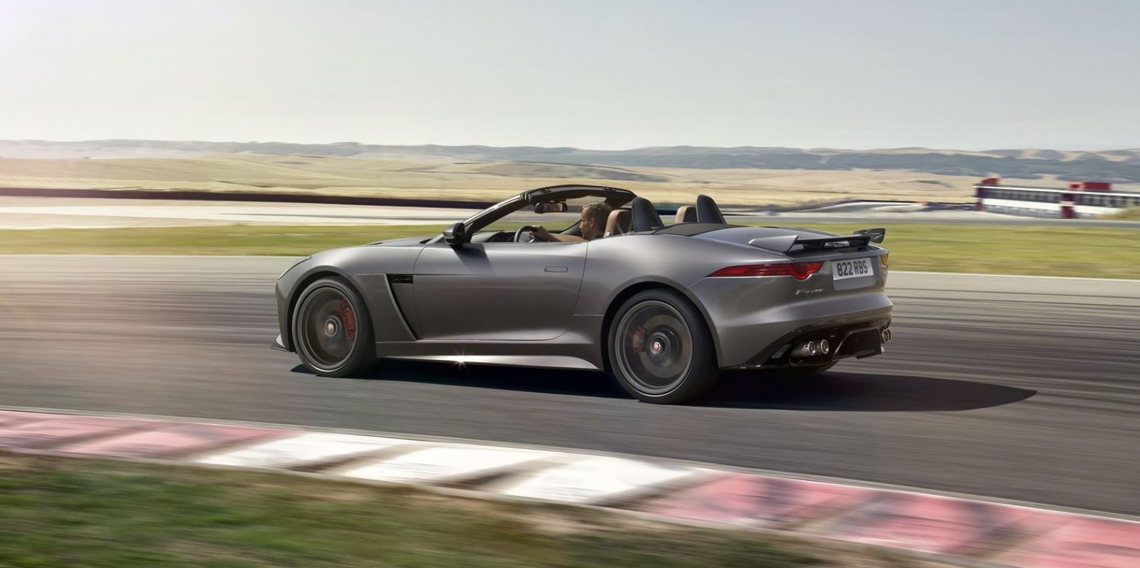 off the chain 200mph 2017 jaguar f type svr 60 new images tech specs and pricing revealed. Black Bedroom Furniture Sets. Home Design Ideas