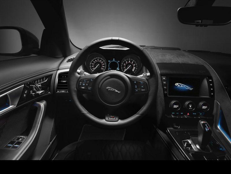 2017 Jaguar F-TYPE SVR 41