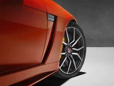 2017 Jaguar F-TYPE SVR 42
