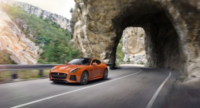 2017 Jaguar F-TYPE SVR 5