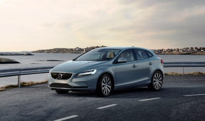 175935_Volvo_V40_T4_Momentum_Location_3_4_Front