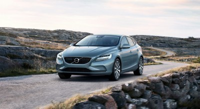 175936_Volvo_V40_T4_Momentum_Location_3_4_Front
