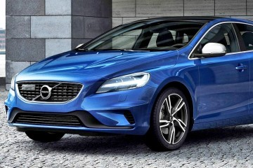 175943_Volvo_V40_T5_R_design_Location_3_4_Front - Copy
