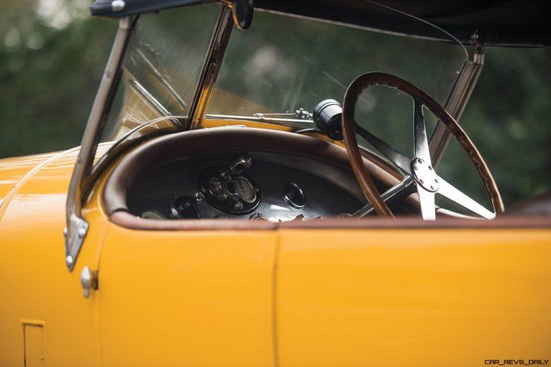 1925 Bugatti Type 30 Tourer  19