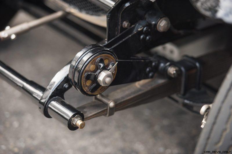 1925 Bugatti Type 30 Tourer  22