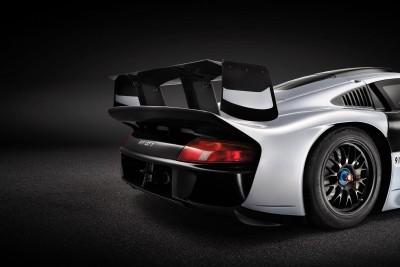 1997 Porsche 911 GT1 Evolution 10