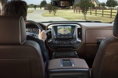 2016-Chevrolet-Silverado-High-Country-049