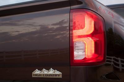 2016-Chevrolet-Silverado-High-Country-LED-taillamp-002