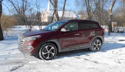 2016 Hyundai Tucson Review 1