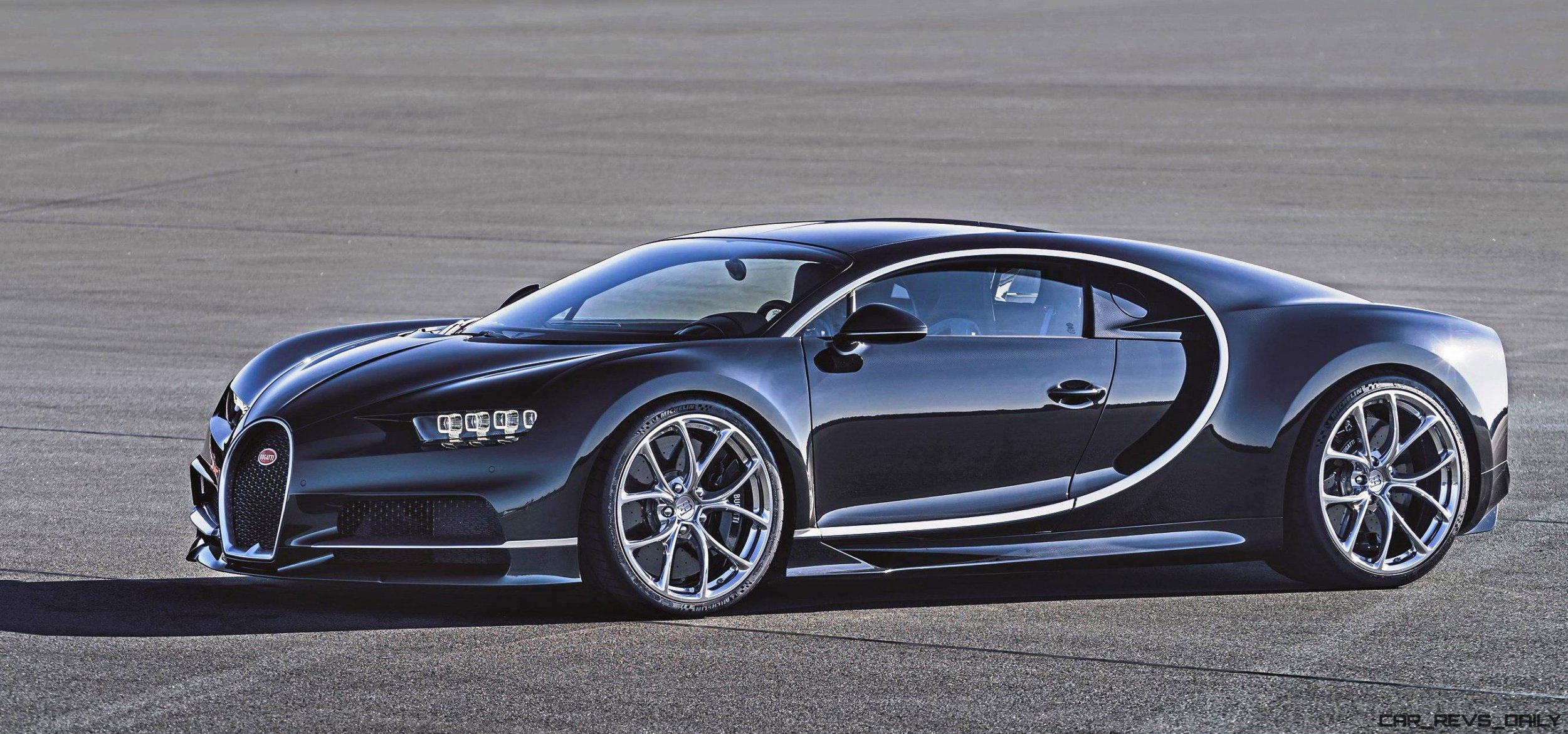 1500hp 2017 bugatti chiron is 261mph hypercar god. Black Bedroom Furniture Sets. Home Design Ideas