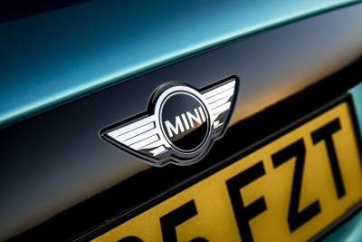 2017 MINI Cooper Convertible 61