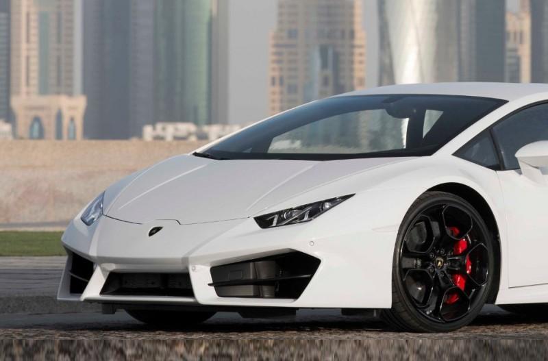 Lamborghini_Doha_8