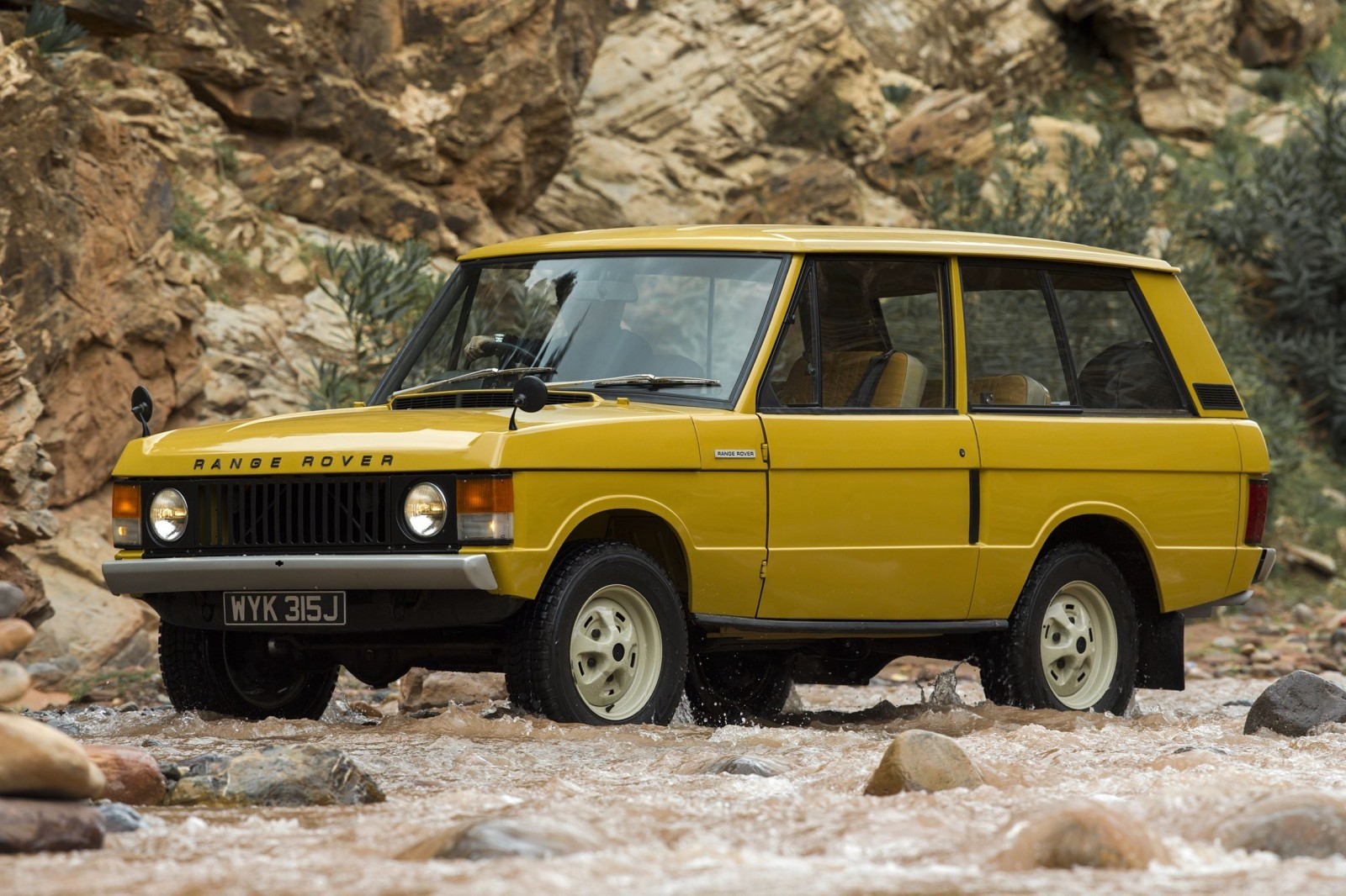 1970 Range Rover A C Roof