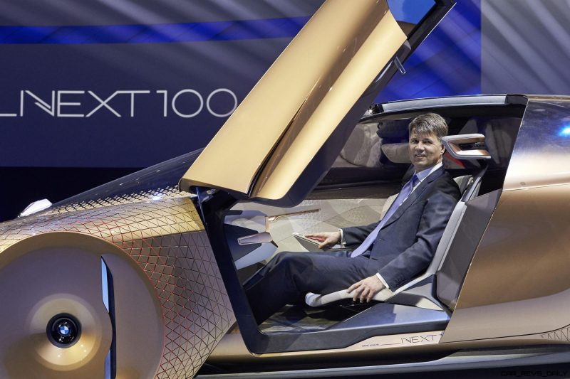 2016 BMW Vision Next 100 Concept 26