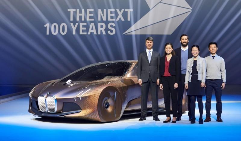 2016 BMW Vision Next 100 Concept 27