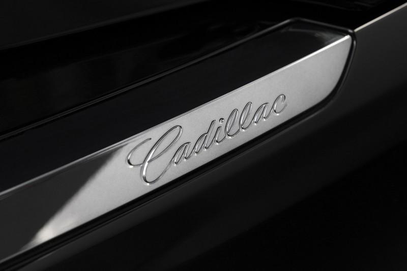 2016-Cadillac-ATS-Coupe-076