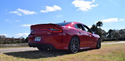 2016 Dodge Charger SRT 392 27