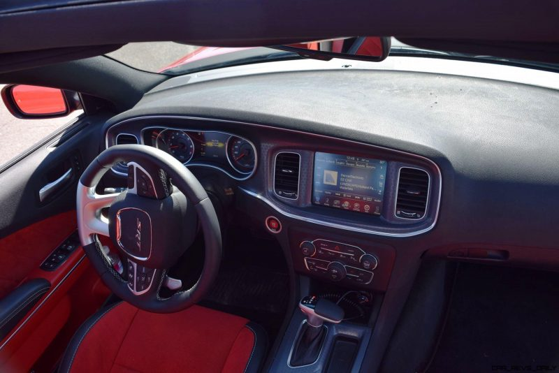 2016 Dodge Charger SRT392 Interior 11