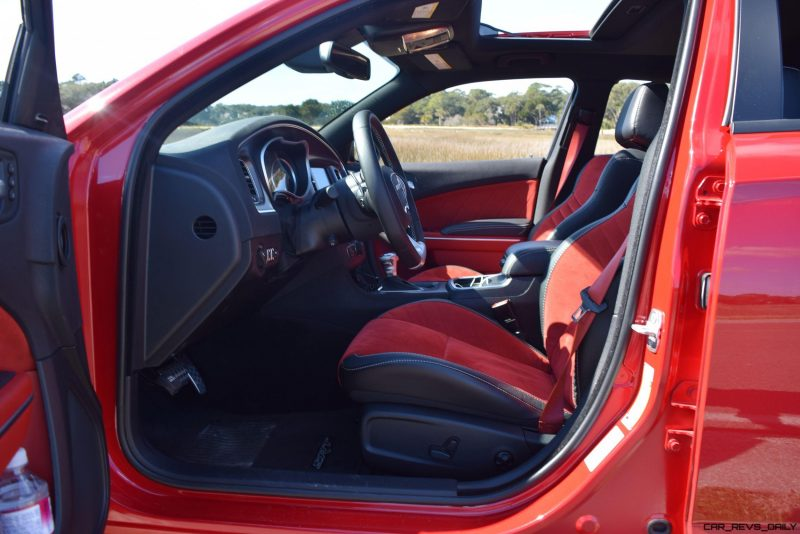 2016 Dodge Charger SRT392 Interior 19