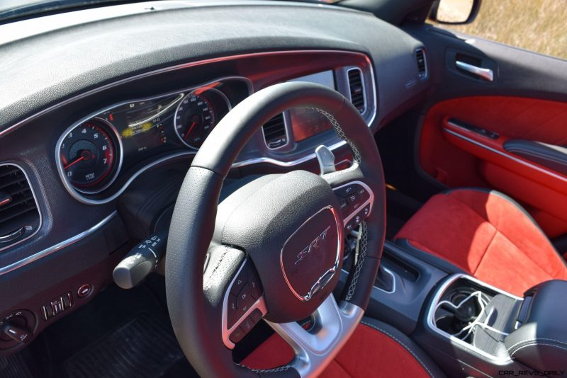 2016 Dodge Charger SRT392 Interior 24
