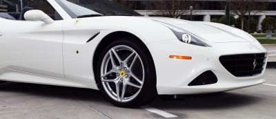 2016 FERRARI California T 12