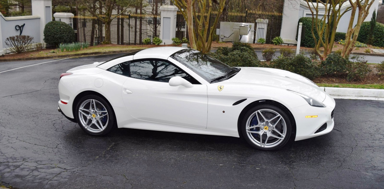road test review 2016 ferrari california t. Black Bedroom Furniture Sets. Home Design Ideas